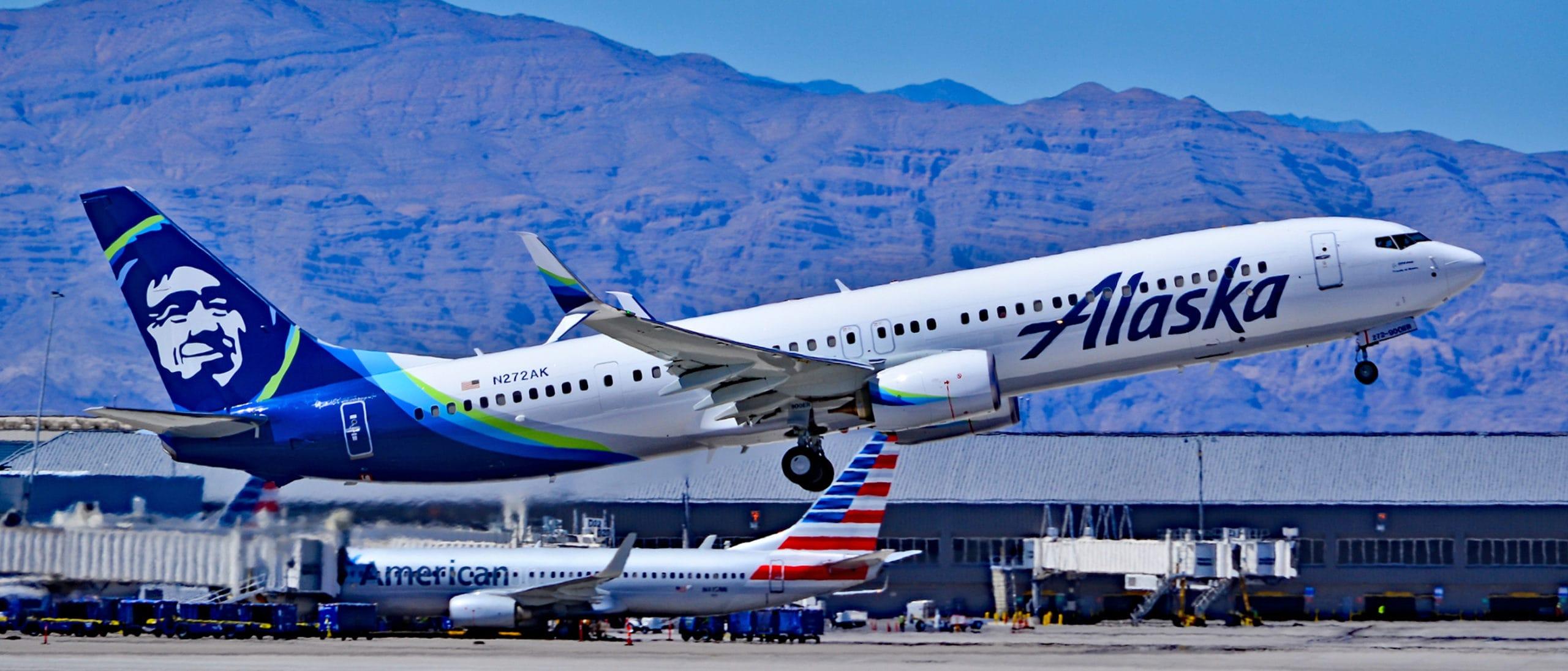 Alaska Airlines Boeing 737-990(ER)
